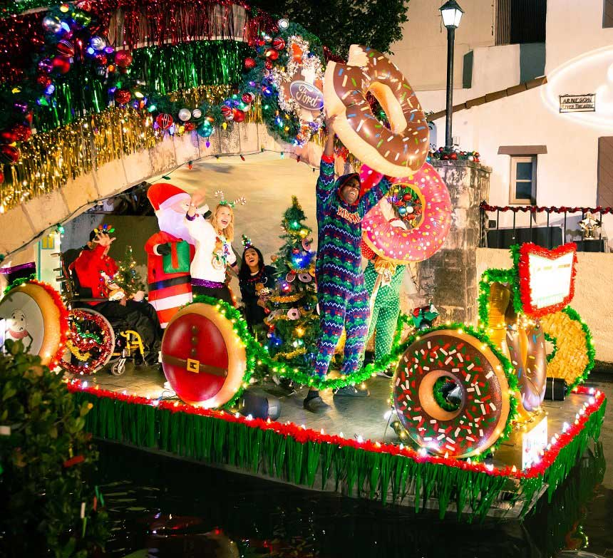 Ford Holiday River Parade   Canceled for 2020 | San Antonio River Walk